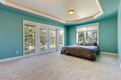Master bedroom in turquoise color Royalty Free Stock Photography