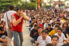 Master cerimonia di Wai Kroo dei partecipanti (Luang Por Phern) di giorno al monastero di Wat Bang Phra Immagini Stock Libere da Diritti
