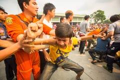 Master cerimonia di Wai Kroo dei partecipanti (Luang Por Phern) di giorno al monastero di Wat Bang Phra Immagine Stock Libera da Diritti