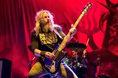 Mastodonta ciężkiego metalu zespół wykonuje w koncercie przy ściąganie ciężkiego metalu festiwalem muzyki obraz royalty free