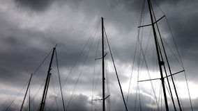Mastro em um fundo do céu Fotografia de Stock