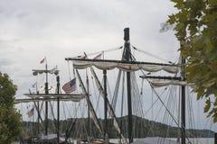 Mastros de um navio alto fotos de stock royalty free