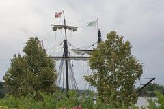 Mastros de um navio alto imagens de stock royalty free