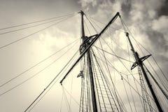 Mastros do veleiro imagem de stock