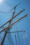 masts som rigging schooneren, sänder högväxt Royaltyfri Foto