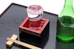 Masu japonês da caixa de madeira com causa imagens de stock