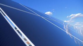 Masywny funkcjonuje słoneczny gospodarstwo rolne w na wolnym powietrzu 3d tła pojęcia energia odizolowywał odpłacającego się słon zbiory wideo