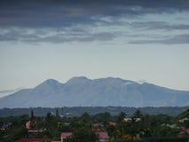 Masywny wulkan Soufrière w Guadeloupe zdjęcia royalty free