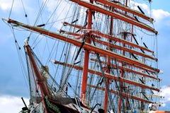Maszty i olinowanie drewniany żeglowanie statek Obrazy Royalty Free