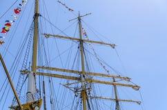 Maszty i olinowanie wysoki statek Zdjęcie Stock