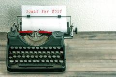 Maszyna do pisania białego papieru strony cele 2017 Zdjęcie Royalty Free