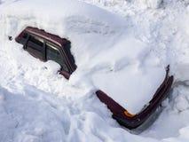 Maszyna pod śnieżną pokrywą Zdjęcie Stock