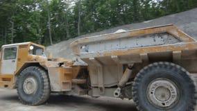 Maszyneria Bierze Wyciąganego wapień z kopalni zdjęcie wideo