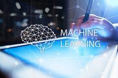 Maszynowego uczenie technologia i sztuczna inteligencja w nowożytnej produkcji obraz stock