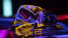 Matéria amarela do gelo imagens de stock royalty free