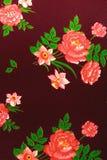 Matéria têxtil, flores no marrom Imagem de Stock Royalty Free