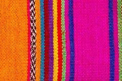 Matéria têxtil indiana colorida em listras coloridas Foto de Stock Royalty Free