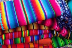 Matérias têxteis guatemaltecas Fotografia de Stock Royalty Free