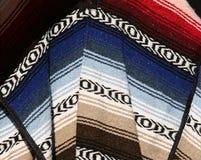 Matérias têxteis tradicionais coloridas fotografia de stock royalty free