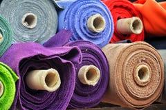 Matériaux de Colorfull sur des petits pains image stock
