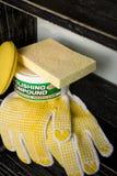 Matériaux de soin de véhicule sur l'étagère Photo libre de droits