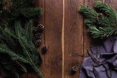 Matériaux pour la guirlande de Noël Photographie stock libre de droits
