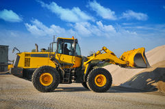 Matériel de machines de construction d'excavatrice de chargeur images libres de droits