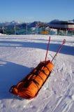 Matériel de sauvetage de ski Photographie stock libre de droits