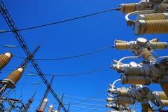 Matériel de tension électrique élevée Images libres de droits