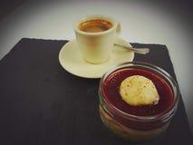 Mat för efterrätt för kafé för kopp för koffein för kaffefrukostbrunt smaklig Royaltyfri Foto