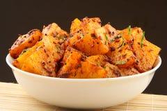 Mat för indier för Bombay potatiscurry fotografering för bildbyråer