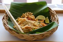Mat för thailändska nudlar för block thailändsk Fotografering för Bildbyråer
