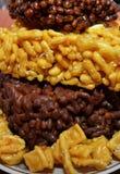 Mat mål, mellanmålet, bakat som stekas, frukosten, plattan, efterrätten, sötsaken, kakan som är läcker, bröd, äter, ost, muttrar, Royaltyfri Foto