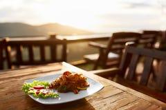 Mat Matställe i thailändsk restaurang sunt mål Lopp till Thailan Arkivfoto