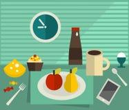 Mat och drink på tabellen. Fotografering för Bildbyråer