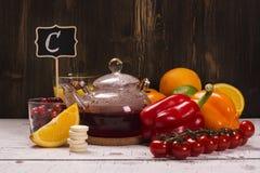 Mat- och drinkrich av naturligt vitamin C Arkivfoto