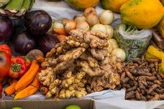 Mat på marknaden Fotografering för Bildbyråer