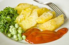 Mat potatis, horisontal som äter, grönsaker, grönsak, garnering Arkivfoto