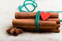 Mat som lagas mat med förälskelse inbunden vektor för valentin för daghjärtaillustration s två Royaltyfri Fotografi