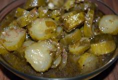 Mat soppa, mål, grönsak, kött, curry, höna, kokkonst, maträtt, ragu, matställe, nötkött, potatis, matlagning, bunke, varmt som är Fotografering för Bildbyråer