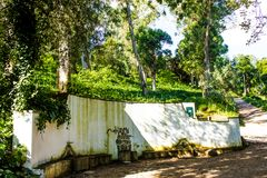 Mata de S Domingos de Benfica, Wald und Park in Lissabon, Portugal: ein Brunnen Stockbilder