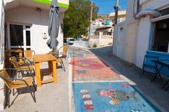 MATALA CRETE-JULY 22: Matala by på Juli 22,2014 på ön av Kreta, Grekland Matala är en by lokaliserade 75 km söder-västra Royaltyfria Bilder