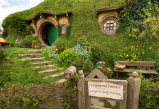 MATAMATA, NEUSEELAND - 4. FEBRUAR: HOBBITON, LORD OF THE RINGS 2016 Stockbilder