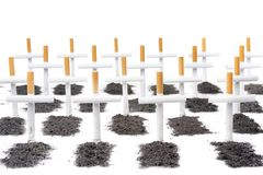 Matanças de fumo, conceito do cemitério dos fumadores Imagem de Stock