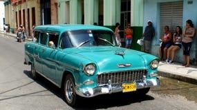 Matanzas, stary Chevrolet. obrazy stock
