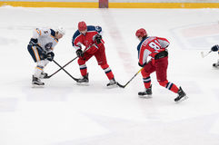Match d'hockey dans le palais de glace de Vityaz Photos libres de droits