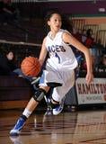 Match de basket de filles de lycée Images stock