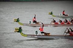 Match de bateau de dragon dans la porcelaine Photos libres de droits