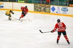 Match de hockey de NCAA Photo libre de droits