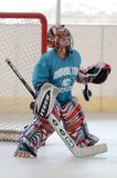 Match de hockey de rouleau de la jeunesse images libres de droits